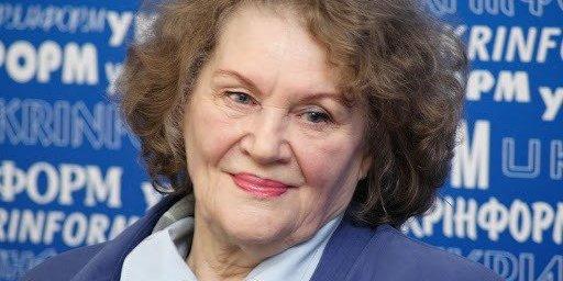 Видатна поетеса Ліна Костенко сьогодні святкує 90-річчя