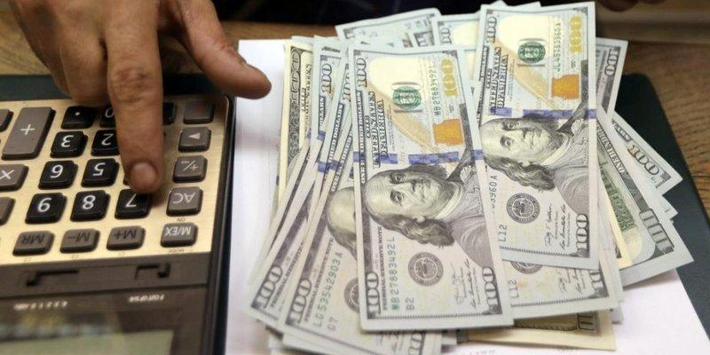 В Україні різко виріс курс долара: скільки коштує валюта