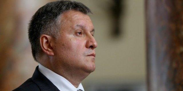Аваков заявив, що в Україні вводиться жорсткий карантин