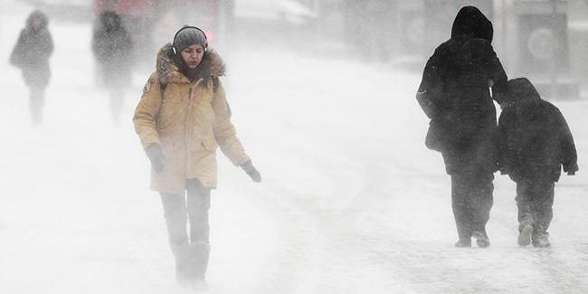 В Україну повертаються сніг і морози: карта