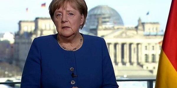 Меркель ізолювалася: канцлерка Німеччини опинилася під загрозою коронавірусу