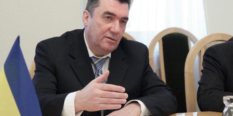 Ще 31 січня секретар РНБО просив Гончарука заборонити експорт масок, рукавичок та засобів захисту