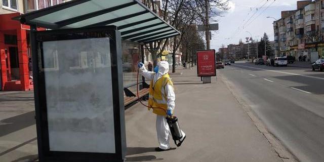 В Чернігові закривають ринки та припиняють громадський транспорт