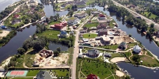 Коронавірус атакує Конча-Заспу: спливли нові прізвища захворілих VIP-ів