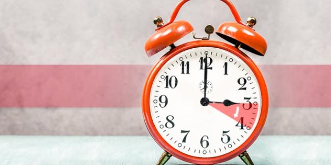 Україна переходить на літній час: коли переводити годинники. Поради, як уникнути стресу