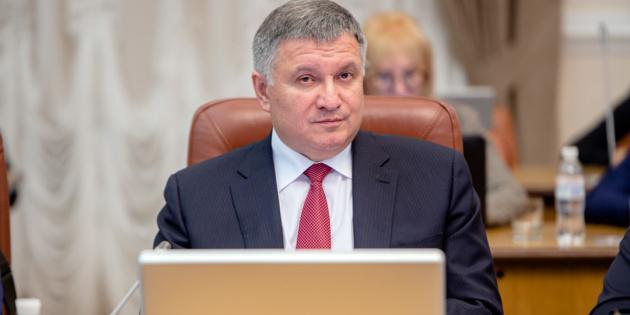 «Ідіоти» - Аваков відповів на запитання, чи збирається він влаштувати переворот