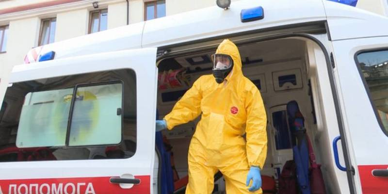 В Україні створили понад 500 мобільних бригад для діагностики коронавірусу вдома