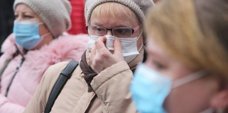 У Сумах через відмову вдягати маску в супермаркеті на чоловіка склали протокол