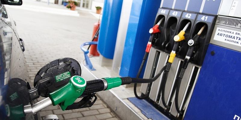 Ціни на бензин можуть знизити на 3-5 грн за літр