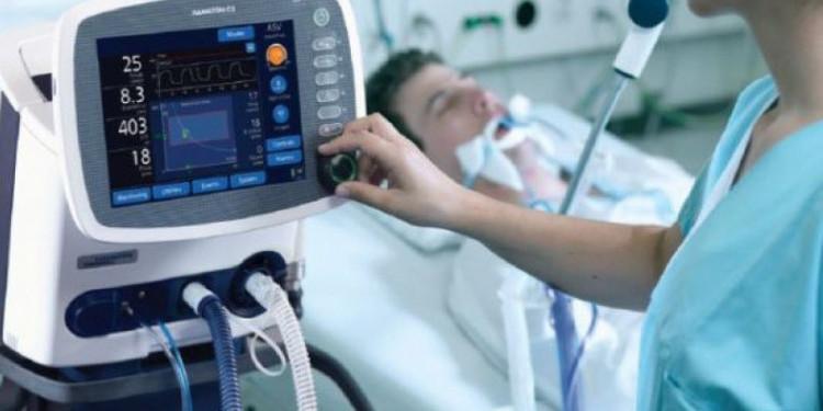 Українських лікарів вчитимуть онлайн, як користуватися апаратами ШВЛ