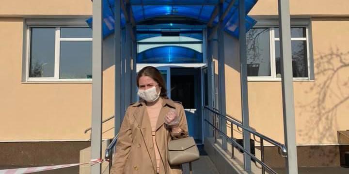 У Києві поліцейські жорстоко затримали дівчину за «порушення карантину»