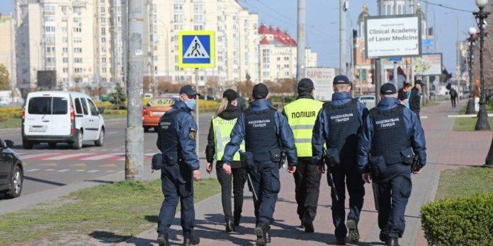 Поліція винесла адміністративні штрафи через порушення карантину у церквах на Вербну неділю, - Аваков
