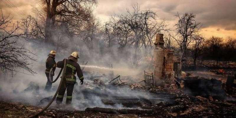 У Житомирській області масштабно палають села та ліси