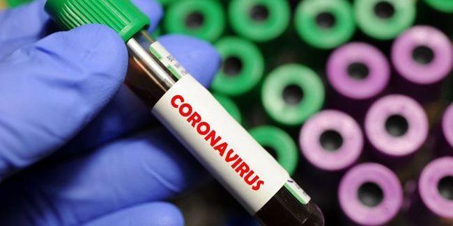 Немає достатніх знань: у Китаї відповіли на заяви про штучне створення коронавірусу