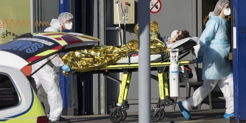 Кількість загиблих від коронавірусу у Франції перевищила 20 тисяч