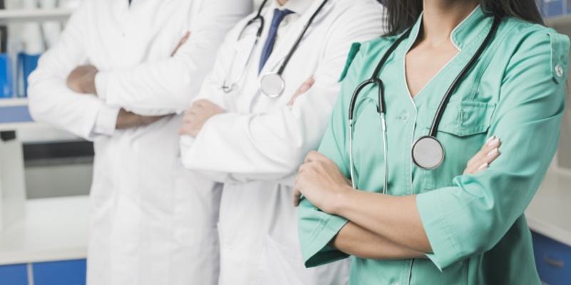 Більше тисячі медпрацівників в Україні захворіли на коронавірус, — МОЗ