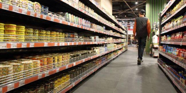 Кабмін має намір ввести держрегулювання цін на окремі продукти та ліки