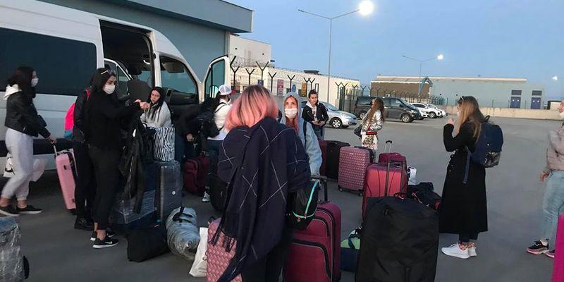 З Туреччини до України поромом повернуться понад 90 українців
