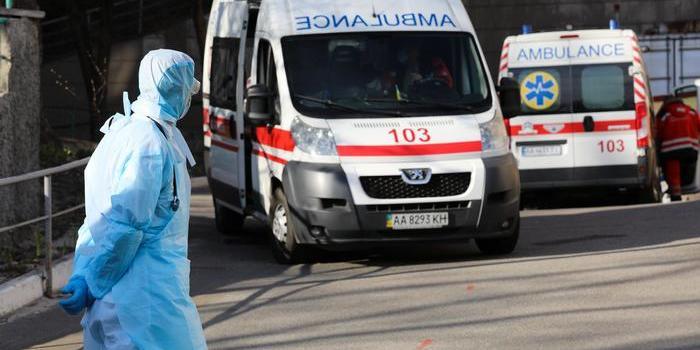Коронавірус у Києві перетнув позначку у 1200 хворих