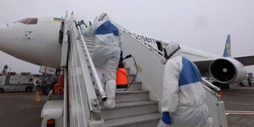 Спецрейсом МАУ з Маямі до Києва летять 259 пасажирів – посольство України
