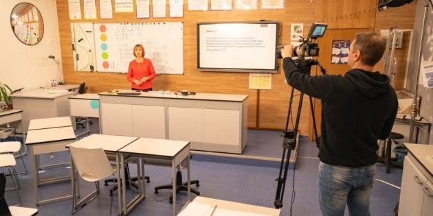 «Всеукраїнська школа онлайн» транслюватиме уроки й для учнів 1-4-х класів