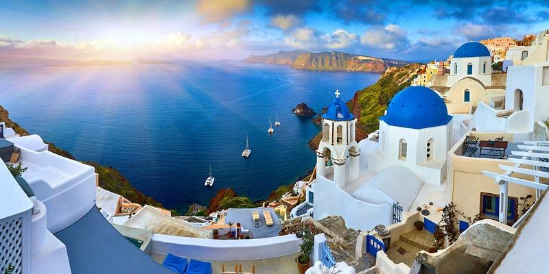 Окремі туристичні напрямки цілком можуть відкритися для мандрівників вже цього літа