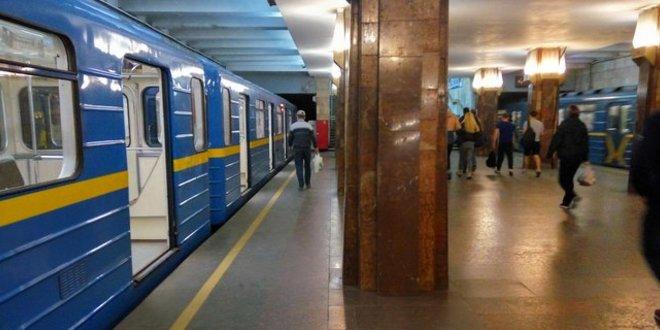 Коли відкриють метро у Києві: заява Шмигаля
