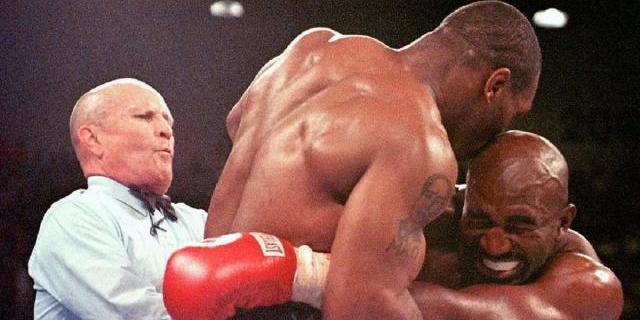 Легенди боксу Тайсон і Холіфілд повертаються на ринг
