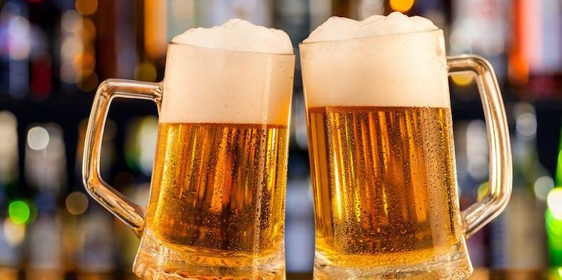 Німецька пивоварня роздала 2600 літрів пива, яке не вдалося продати через коронавірус