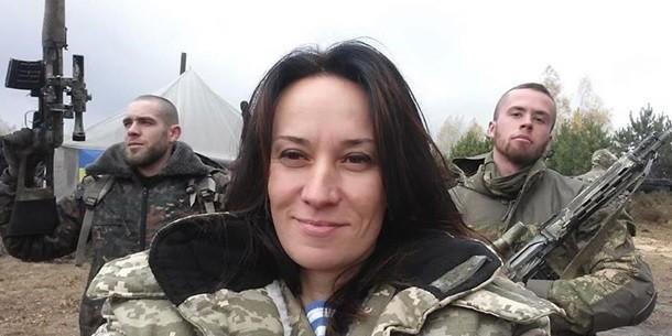 Суд зняв запобіжні заходи з волонтерки Марусі Звіробій