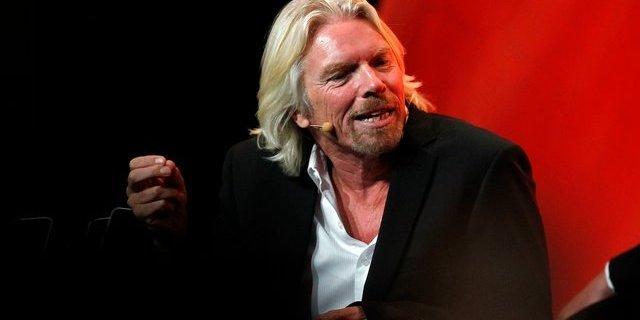 Наслідки коронавірусу: мільярдер Річард Бренсон продає частку в Virgin Galactic