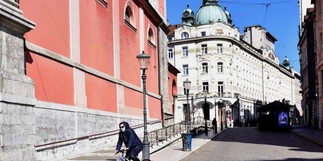 Словенія оголосила про кінець епідемії коронавірусу