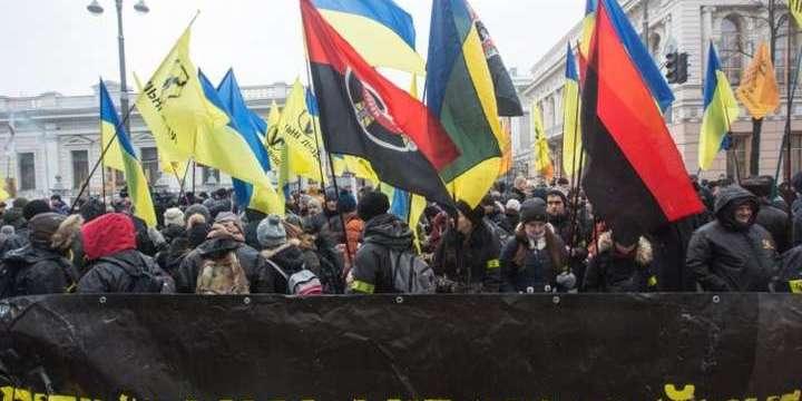 У Києві на Майдані відбувається акція протесту «Стоп Реванш!». Пряма трансляція