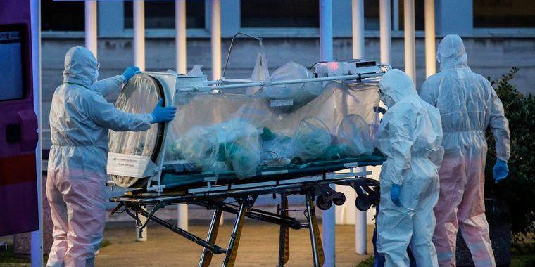 У Німеччині 107 осіб інфікувались коронавірусом після служби у молитовному домі