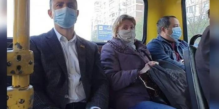 Водій маршрутки розказав, як нардеп Тищенко проїхав зупинку і чи заплатив за проїзд