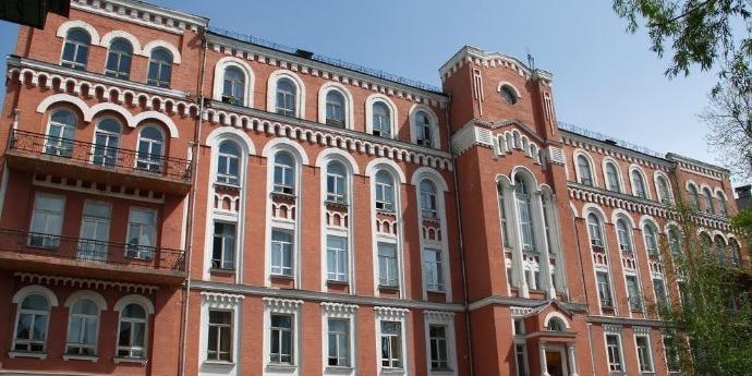 Причиною пожежі в Олександрівській лікарні Києва став підпал – головлікар