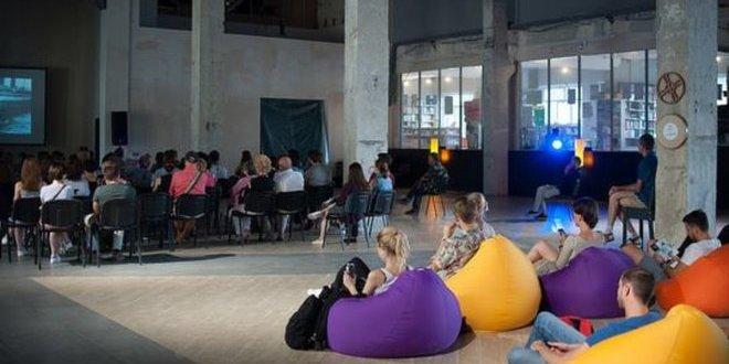 Центр Довженка у Києві закрили через неплатоспроможність